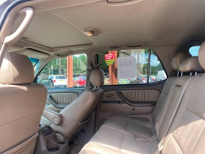 2006 Toyota Sequoia Limited 4dr SUV - Doraville GA