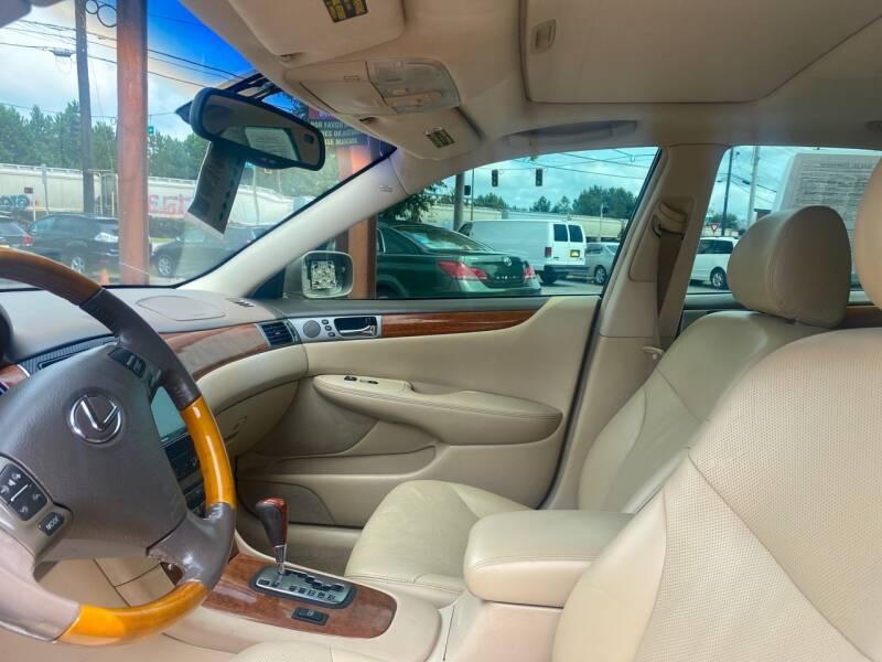 2005 Lexus ES 330 4dr Sedan - Doraville GA
