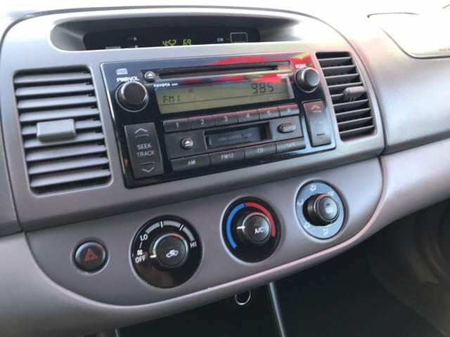 2004 Toyota Camry LE 4dr Sedan - Doraville GA