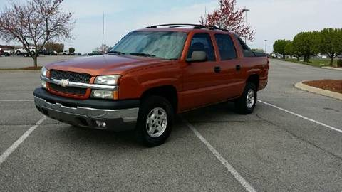 2004 Chevrolet Avalanche for sale at Stars Auto Finance in Nashville TN