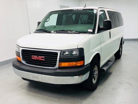 b1b99bec21fe56 2015 GMC Savana Passenger for sale in Arlington