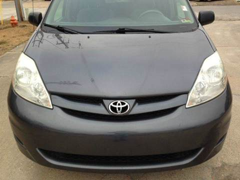 2006 Toyota Sienna for sale at Gulf Financial Solutions Inc DBA GFS Autos in Panama City Beach FL