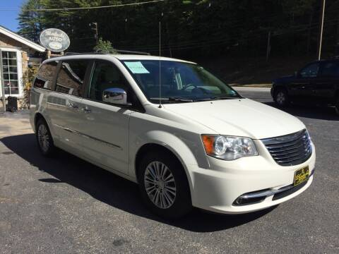 2013 Chrysler Town and Country for sale at Bladecki Auto in Belmont NH