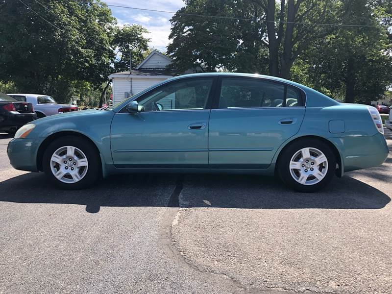 2002 Nissan Altima 2.5 S 4dr Sedan   Mattoon IL