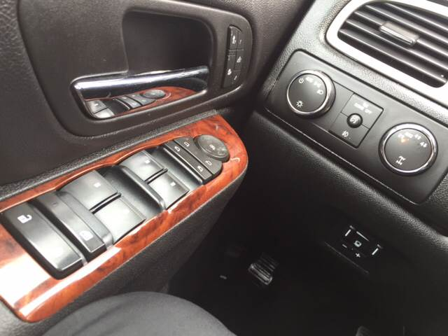 2010 Chevrolet Silverado 1500 4x4 LTZ 4dr Crew Cab 5.8 ft. SB - Milton-Freewater OR