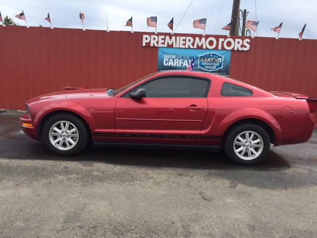 2007 Ford Mustang V6 Deluxe 2dr Coupe - Milton-Freewater OR
