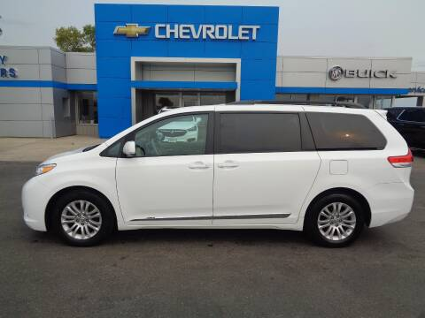 2013 Toyota Sienna for sale at Finley Motors in Finley ND