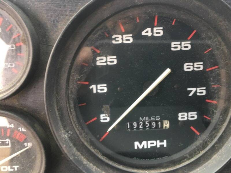 2000 Freightliner MT45 Utilimaster P700  - Sioux Falls SD