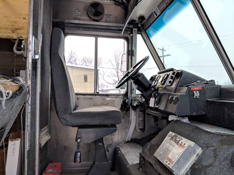 1997 Freightliner MT45 Utilimaster P700  - Sioux Falls SD