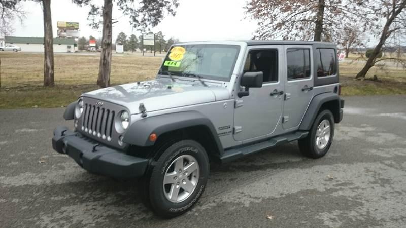 2015 Jeep Wrangler Unlimited for sale at Elite Auto Sales in Herrin IL
