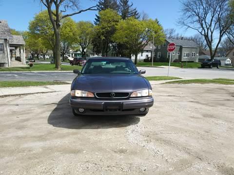 1994 Pontiac Bonneville for sale in Milwaukee, WI