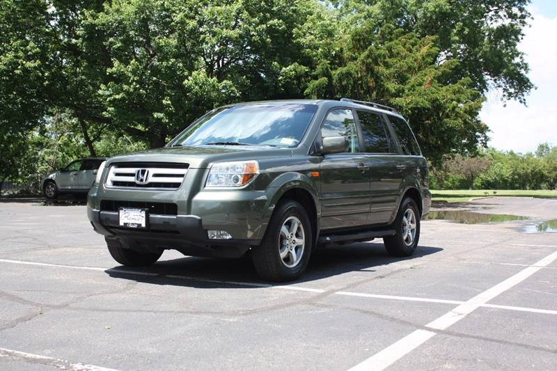 2006 Honda Pilot for sale at Premier Automotive Group in Belleville NJ