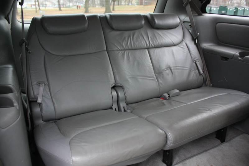 2005 Toyota Sienna for sale at Premier Automotive Group in Belleville NJ