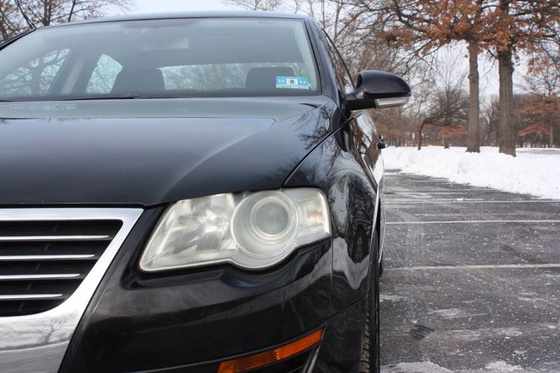 2006 Volkswagen Passat for sale at Premier Automotive Group in Belleville NJ