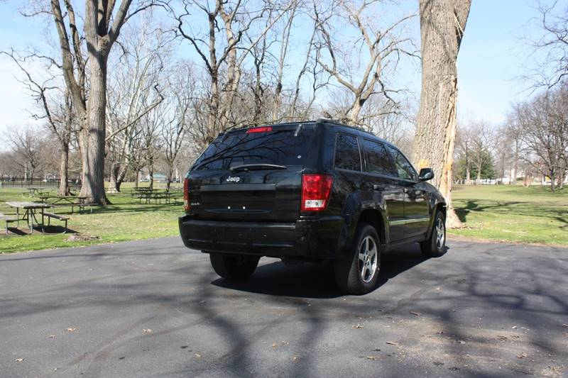 2005 Jeep Grand Cherokee for sale at Premier Automotive Group in Belleville NJ