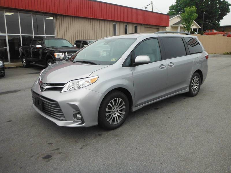 2018 Toyota Sienna for sale at Affordable Automotive, LLC in Bristol TN