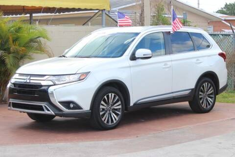 2019 Mitsubishi Outlander for sale at The Car Shack in Hialeah FL