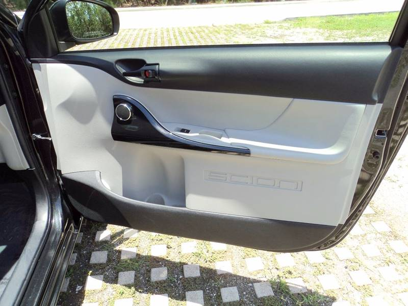 2013 Scion iQ 2dr Hatchback - Hollywood FL