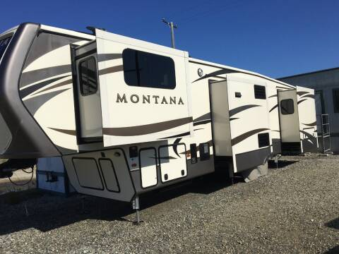 2017 Keystone Fifth Wheel Montana 3730FL for sale at MANGIONE MOTORS ORANGE COUNTY in Costa Mesa CA