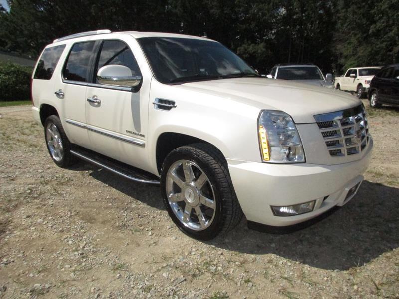 2011 Cadillac Escalade AWD Luxury 4dr SUV In Garner NC - KELLY\'S KARZ
