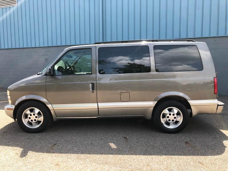 2003 Chevrolet Astro AWD LT 3dr Mini-Van In Uniontown OH - Prime