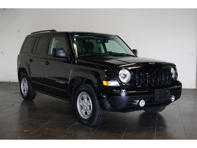 2016 Jeep Patriot for sale at FREDY KIA USED CARS in Houston TX