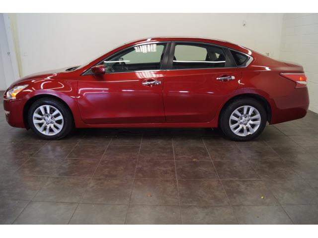 2013 Nissan Altima for sale at FREDY KIA USED CARS in Houston TX