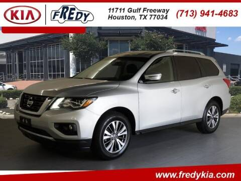 2017 Nissan Pathfinder for sale at FREDY KIA USED CARS in Houston TX