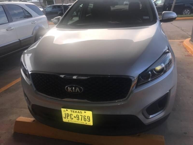 2017 Kia Sorento for sale at FREDY KIA USED CARS in Houston TX