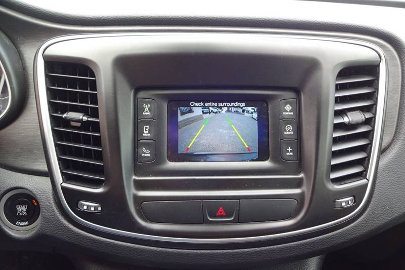 2016 Chrysler 200 Limited 4dr Sedan - Tucson AZ