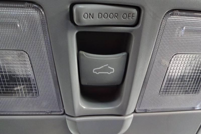2012 Hyundai Veloster 3dr Coupe w/Black Seats - Tucson AZ