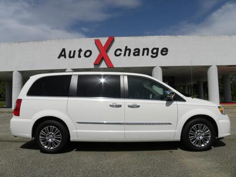 2013 Chrysler Town and Country for sale in Ozark, AL