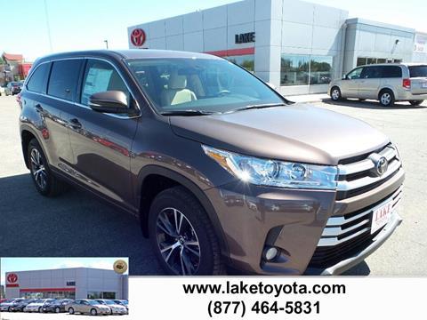 2017 Toyota Highlander for sale in Devils Lake, ND