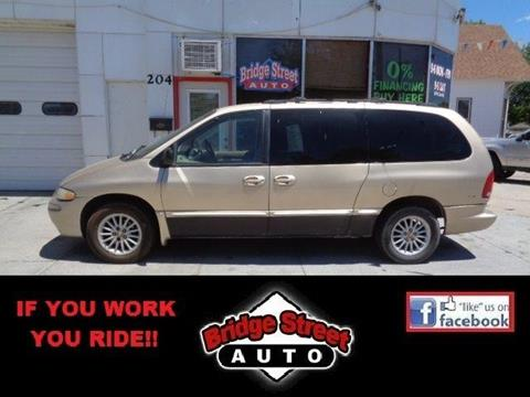 2000 Chrysler Town and Country for sale in Lexington, NE