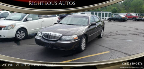 2005 Lincoln Town Car for sale at Righteous Autos in Racine WI