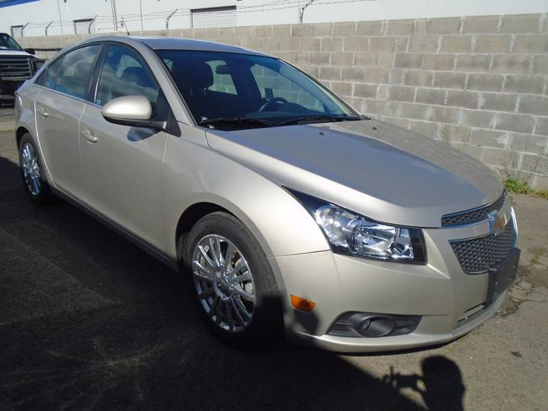 2013 Chevrolet Cruze ECO Manual 4dr Sedan w/1SE - Sacramento CA