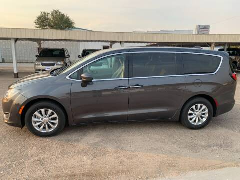 2019 Chrysler Pacifica for sale at Faw Motor Co in Cambridge NE