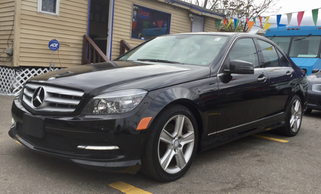 2011 Mercedes-Benz C-Class C300 Sport 4MATIC AWD 4dr Sedan