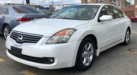 2009 Nissan Altima for sale at Metro Auto Sales in Lawrence MA
