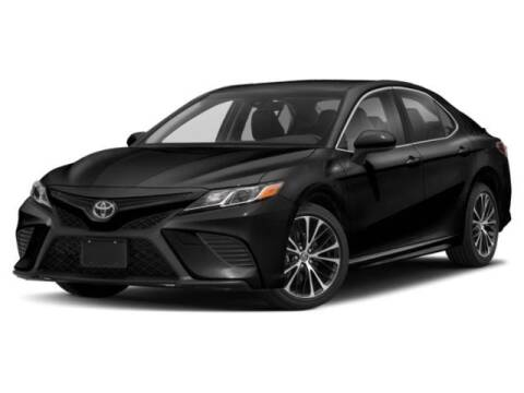 2019 Toyota Camry SE for sale at Crown Automotive of Lawrence Kansas in Lawrence KS