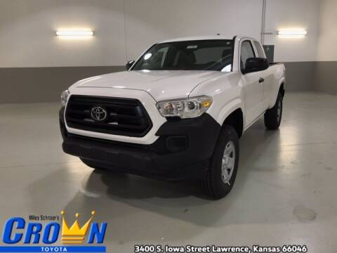 2020 Toyota Tacoma for sale at Crown Automotive of Lawrence Kansas in Lawrence KS