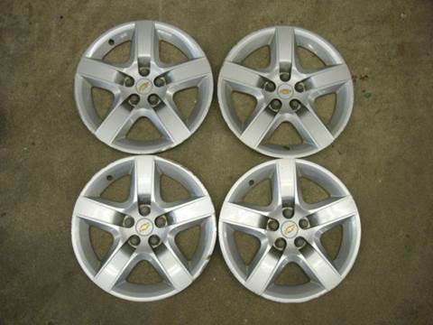 2009 Chevrolet Malibu OEM Wheel Covers for sale in Fort Atkinson, IA