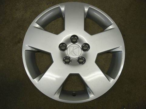 2007 Saturn Aura OEM Wheel Cover for sale in Fort Atkinson, IA