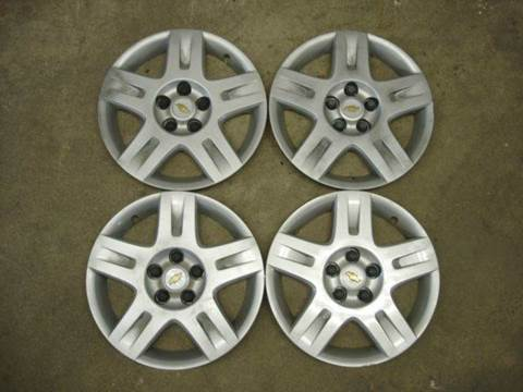 2008 Chevrolet Malibu OEM Wheel Covers for sale in Fort Atkinson, IA