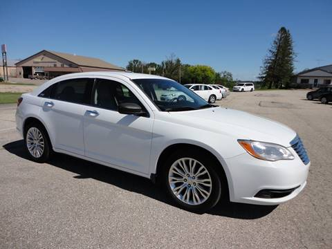 2011 Chrysler 200 for sale in Fort Atkinson, IA