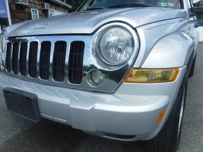 2006 Jeep Liberty Limited 4dr SUV 4WD w/ Front Side Curtain Airbags - Hampton NJ