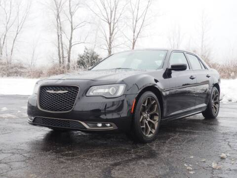 2016 Chrysler 300 for sale in Bellefontaine, OH