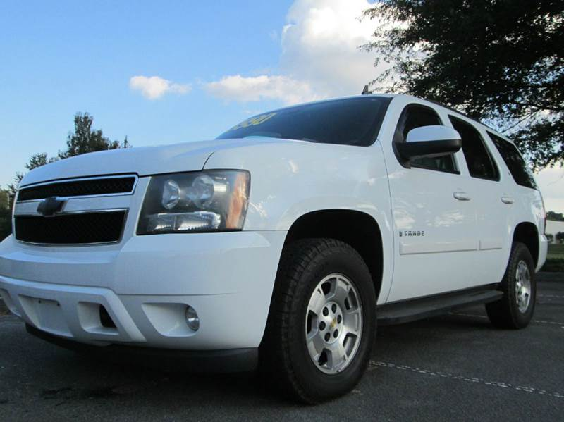 2008 CHEVROLET TAHOE LT 4X4 4DR SUV white beautiful 08 chevy tahoe 3rd row seating 4x4 53l