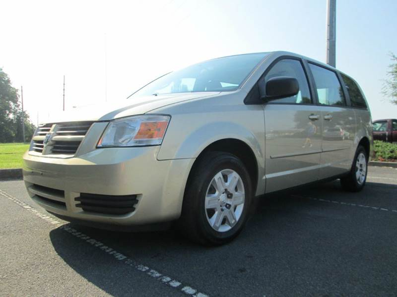 2010 DODGE GRAND CARAVAN SE 4DR MINI VAN gold great running van with super cold ac great soundi