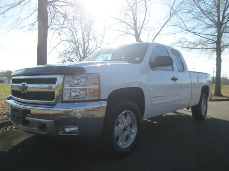 2011 CHEVROLET SILVERADO 1500 LT 4X4 4DR EXTENDED CAB 65 FT white wow what a truck this 201